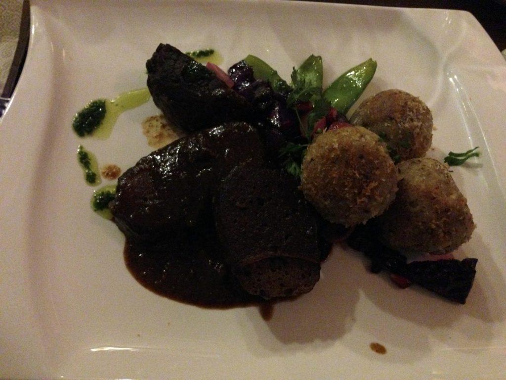 Saitan-Steak Nussknödeln